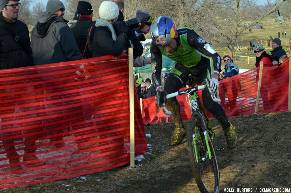 Tim Johnson chases at Cincinnati Kings International Cyclocross. © Cyclocross Magazine
