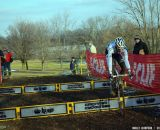 Niels bunnyhops alone at Cincinnati Kings International Cyclocross. © Cyclocross Magazine