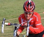 Linda Sone (Planet Bike) on the run-up at the Crossniacs Cup. She won the men's 3 race. ? Steve Kotvis, f/go