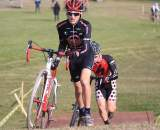 Jordan Cullen (Planet Bike) battles with Justin Rinehart at the Crosniacs Cup 2009. ? Steve Kotvis, f/go