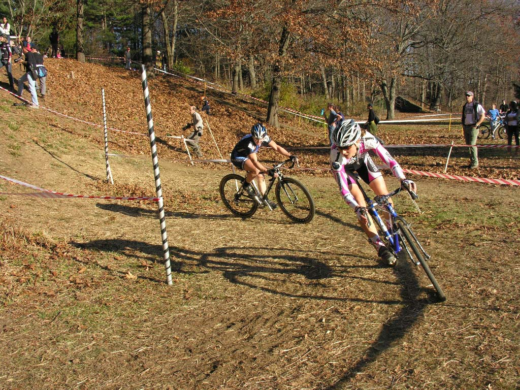 Van Gilder and Elliott chase in the elite women's race. ? Paul Weiss