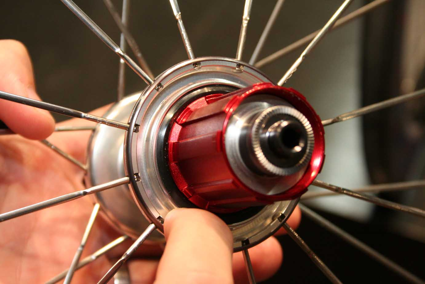 Zipp\'s new sealed hubs
