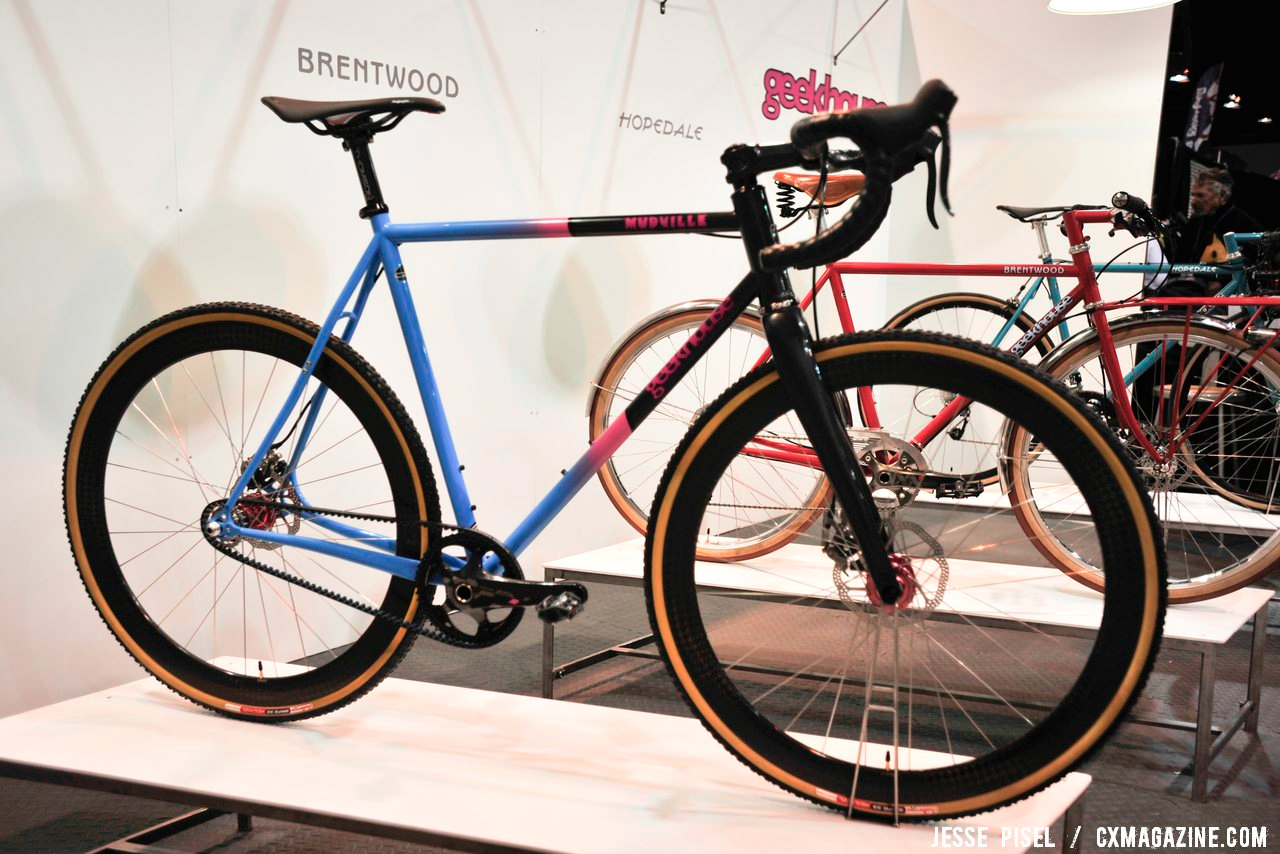 Singlespeed Geekhouse, complete with disc brakes and a belt drive. NAHBS 2013 © Jesse Pisel