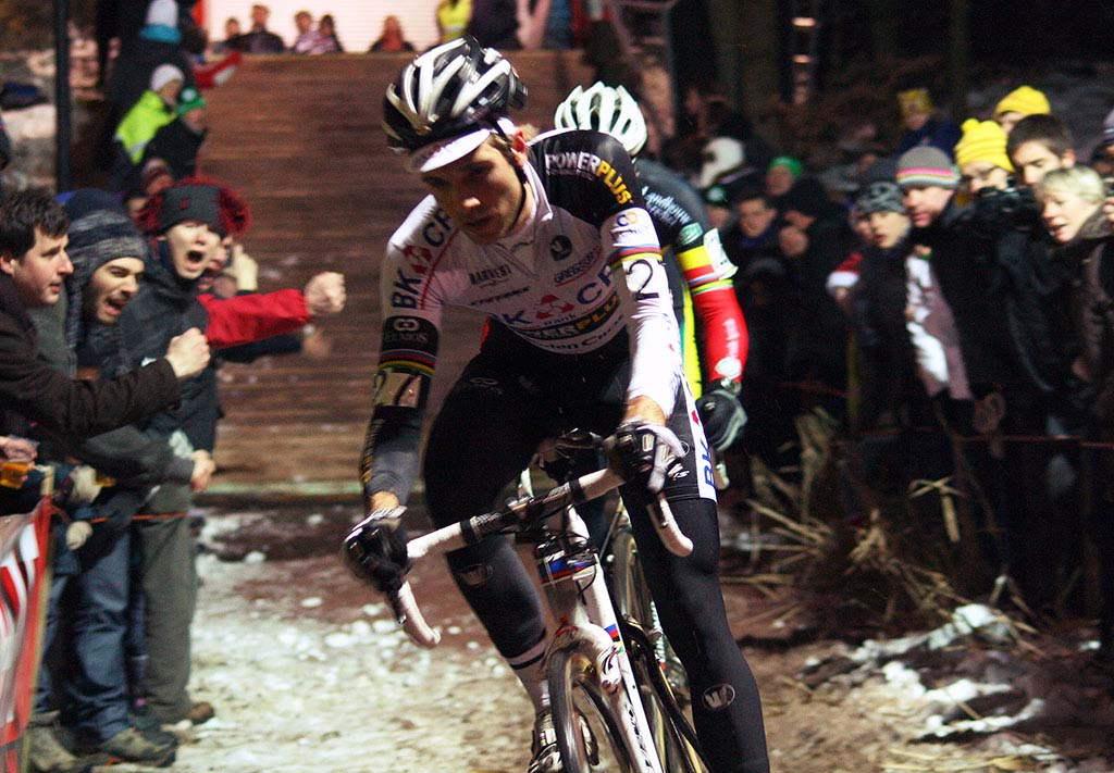 Niels Albert and Sven Nys do battle on a snowy Diegem course ©Dan Seaton