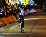 Niels Albert celebrates a big win over Sven Nys ©Dan Seaton