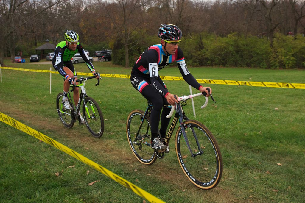 cincy3-cx-festival-day-3-jones-forced-to-close-gap-to-driscoll-with-trebon-on-wheel-by-kent-baumgardt