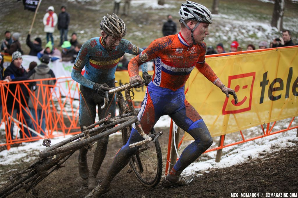 Flinging the bike around the corner in the Elite U23 World Championships of Cyclocross 2013 © Meg McMahon