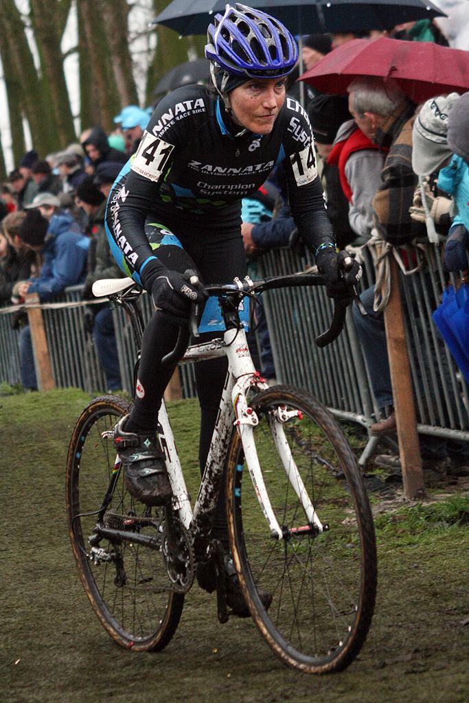 Vardaros in a determined chase. 2009 Azencross - Loenhout GVA Trofee Series. ? Bart Hazen