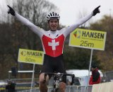 Lars Forster takes the win. © Bart Hazen