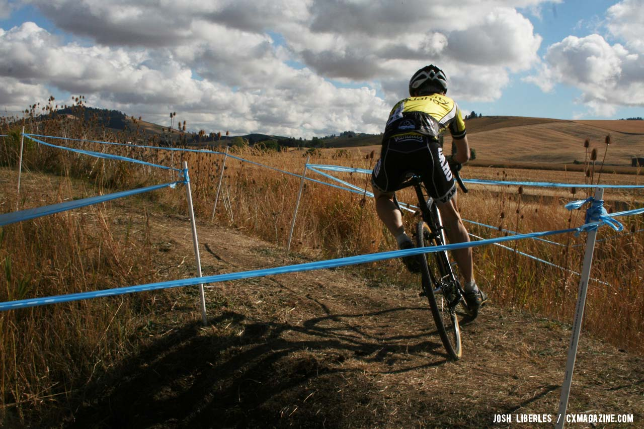 Over, around, and down. ©Cyclocross Magazine