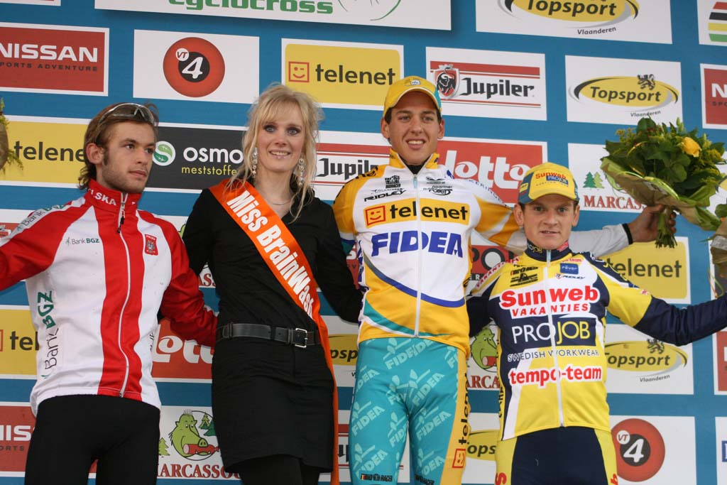 Szczepaniak (l), Meeusen (c) and Van Compernolle celebrate on the podium.  ? Bart Hazen