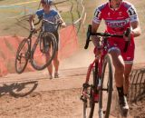 Elle Anderson (California Giant/Specialized), right, leading Helen Wyman (Kona Factory Racing) through the run up. © Kevin White