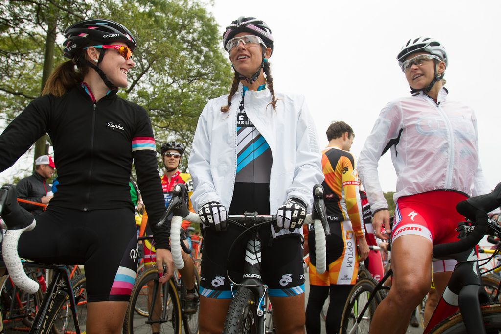 Gabby Day, Mo Bruno Roy, and Meredith Miller on the start grid. © Todd Prekaski