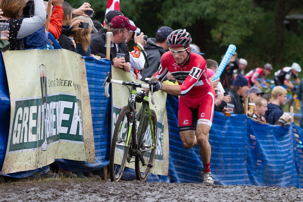 Dylan McNicholas took the lead early on © Todd Prekaski