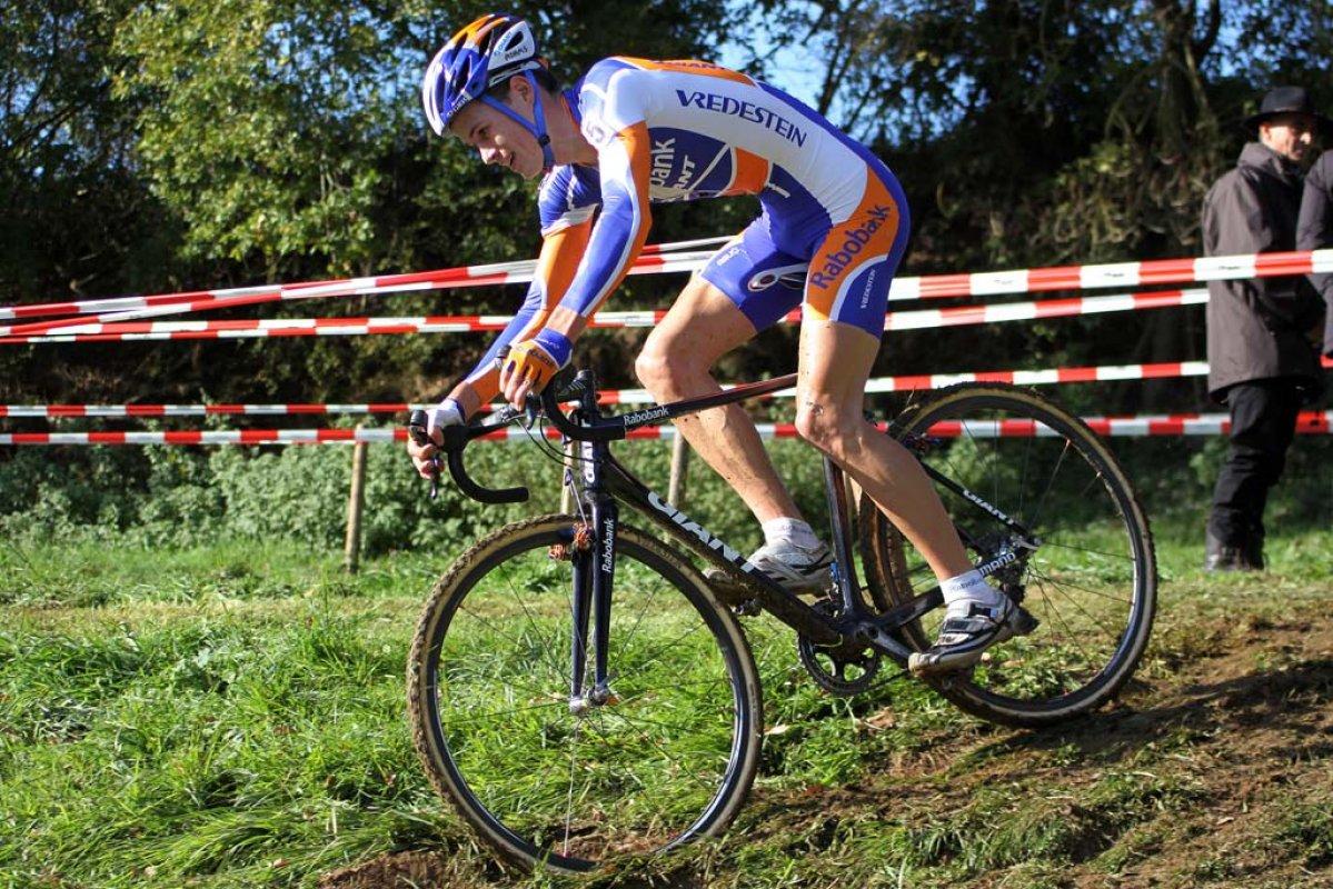 Joeri Adams finished sixth among the U23 riders. © Bart Hazen