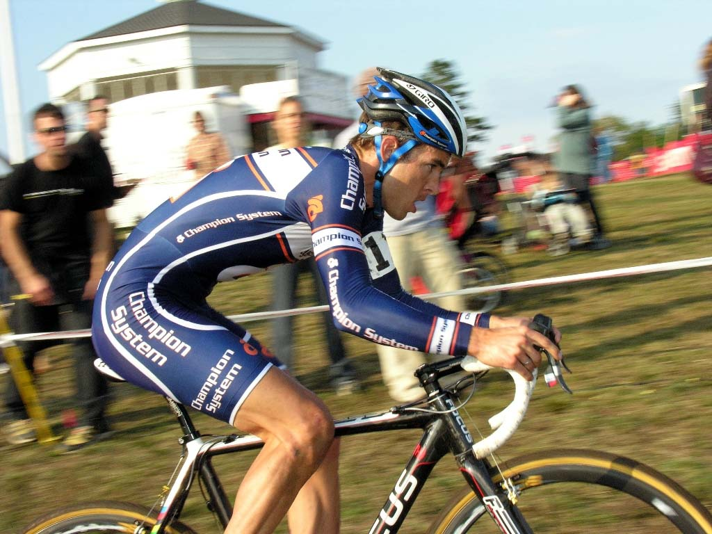 Chris Jones rode strongly to sixth. ?Paul Weiss