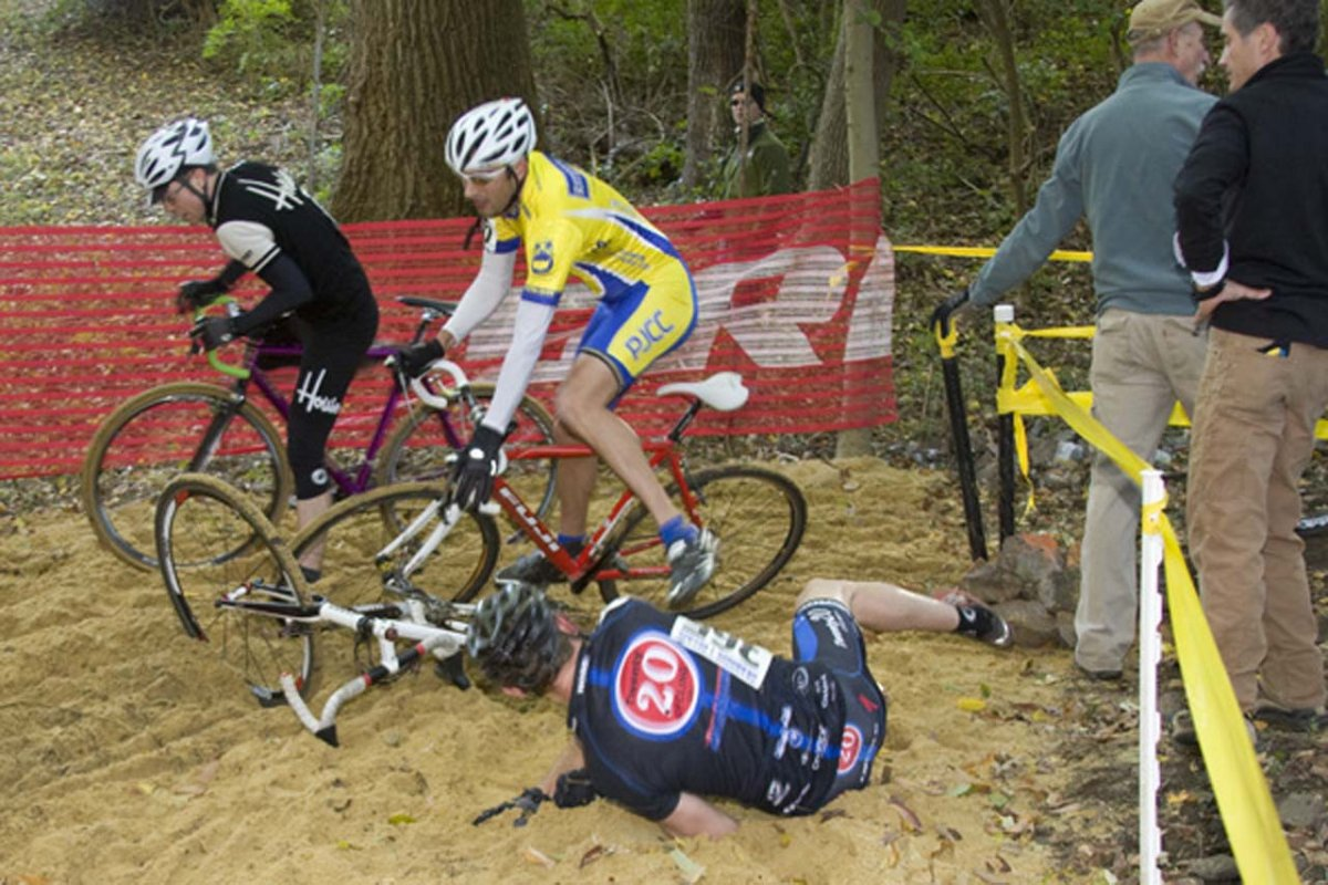 The sand pit was a new addition to the Granogue course. © Dennis Smith/dennisbike.com