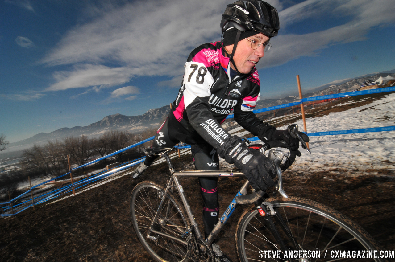 James Kinsinger in the Men\'s 60-64, 65-69, 70+ Nationals races in Boulder, Colorado. © Steve Anderson