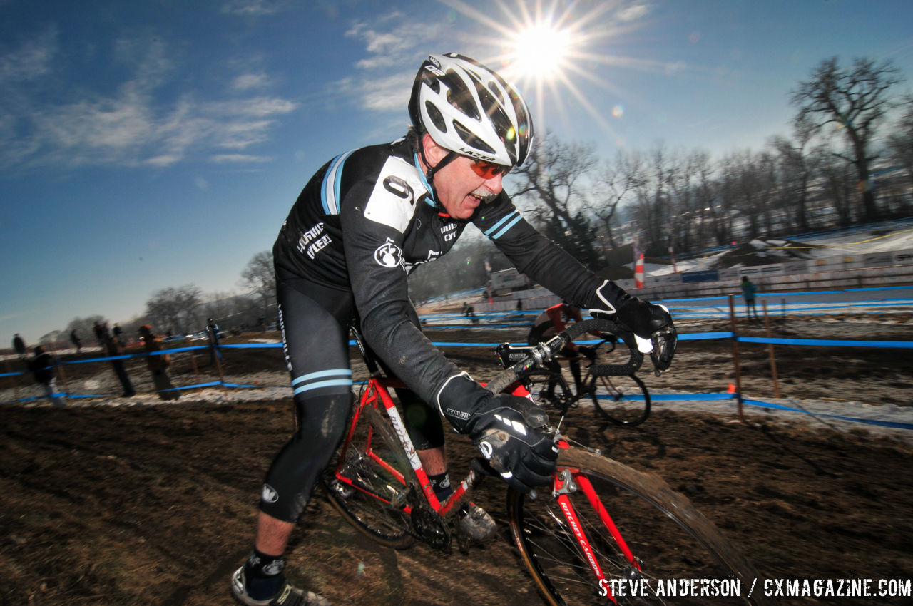 David Hydrick in the Men\'s 60-64, 65-69, 70+ Nationals races in Boulder, Colorado. © Steve Anderson