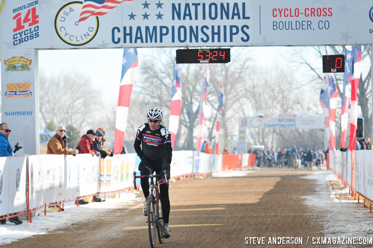 Llamas takes the win in the Men\'s 60-64, 65-69, 70+ Nationals races in Boulder, Colorado. © Steve Anderson