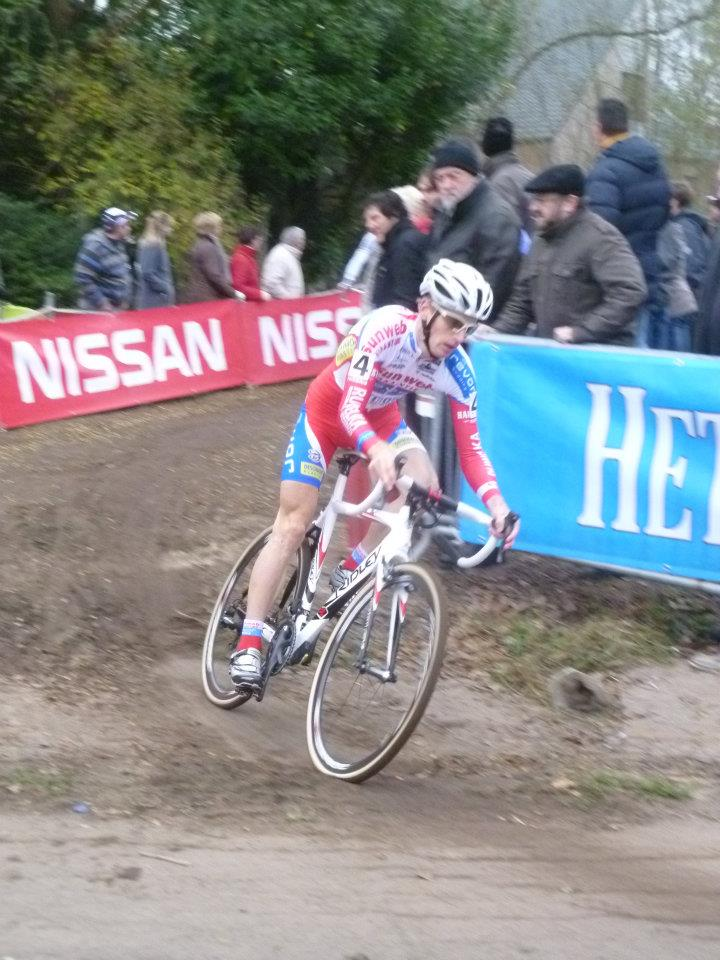 kevin-pauwels-chasing-down-nys-and-albert-by-geert-van-den-bossche