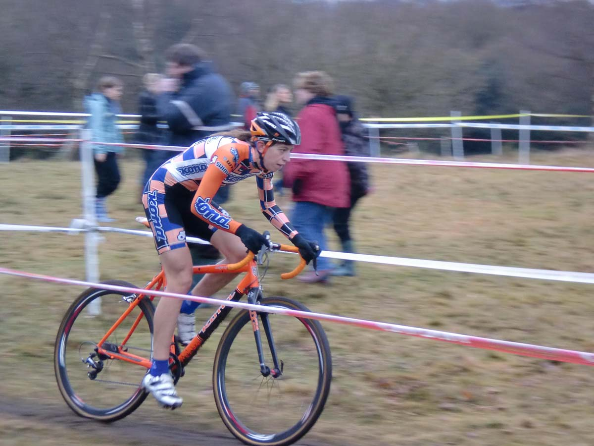 Wyman racing in orange at the British National Championships. Photo Courtesy Helen Wyman