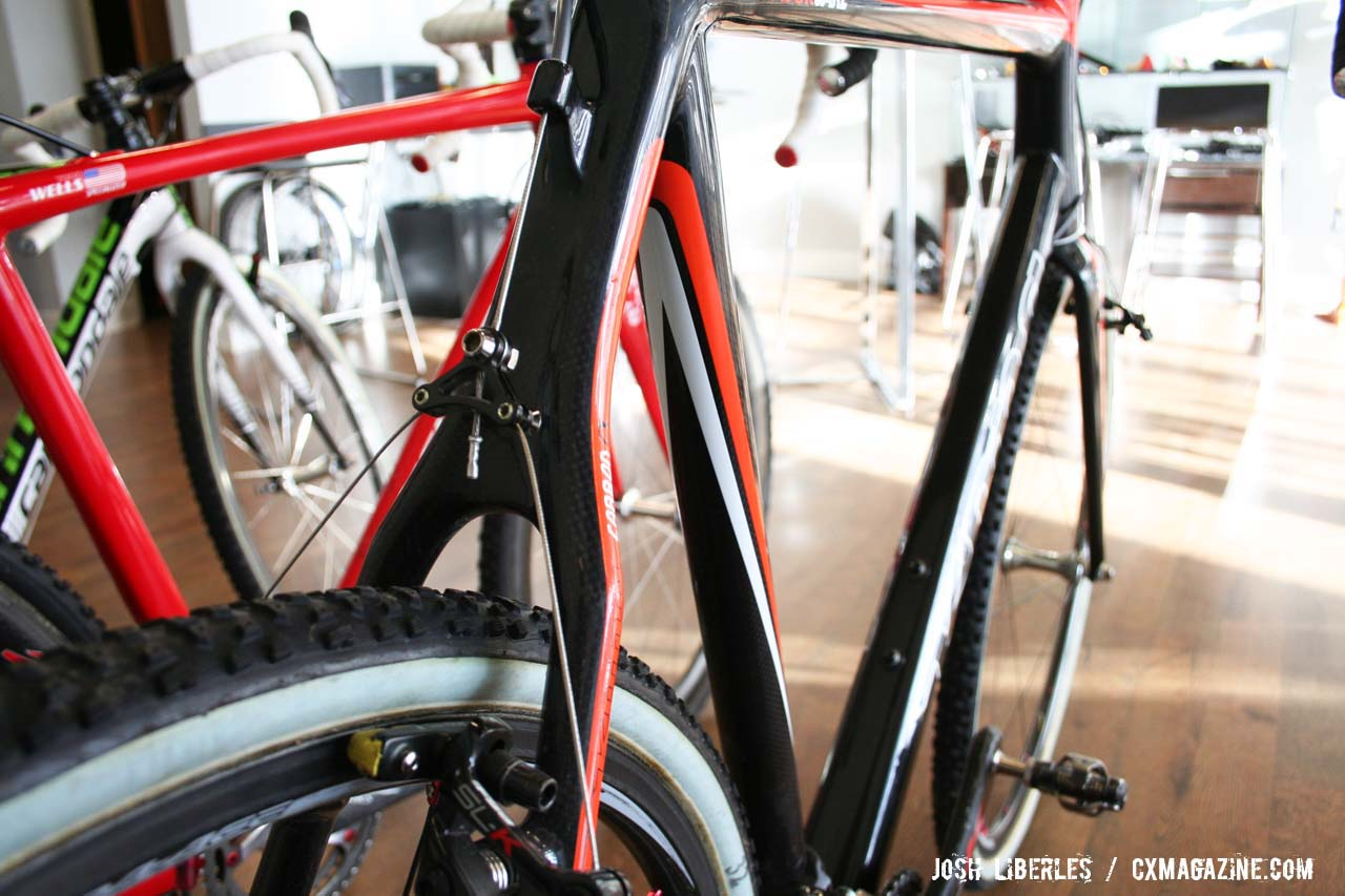 Kona\'s solution to rear brake cable routing ©Josh Liberles