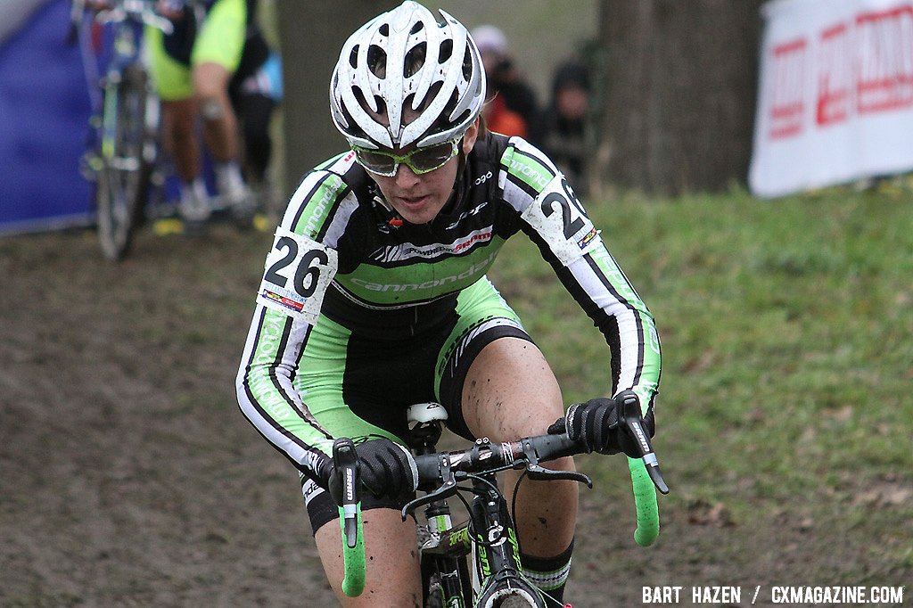 Kaitlin Antonneau racing her first World Cup in Hoogerheide