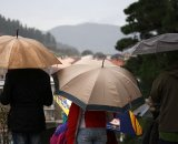 Fans await the start of a sloppy World Cup © Cyclocross Magazine