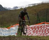 Francis Mourey leads the race in Igorre © Cyclocross Magazine