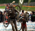 Niels Albert and Francis Mourey head for the stairs © Cyclocross Magazine