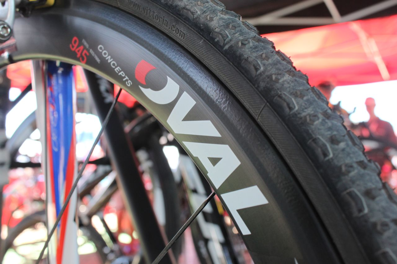 Oval has a new carbon cyclocross clincher wheelset. This one featured Vittoria clinchers wiht a new black tread. Cyclocross @ Interbike 2010. © Cyclocross Magazine