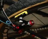 Avid Shorty Ultimate cantilever brakes handle the stopping power. © Cyclocross Magazine