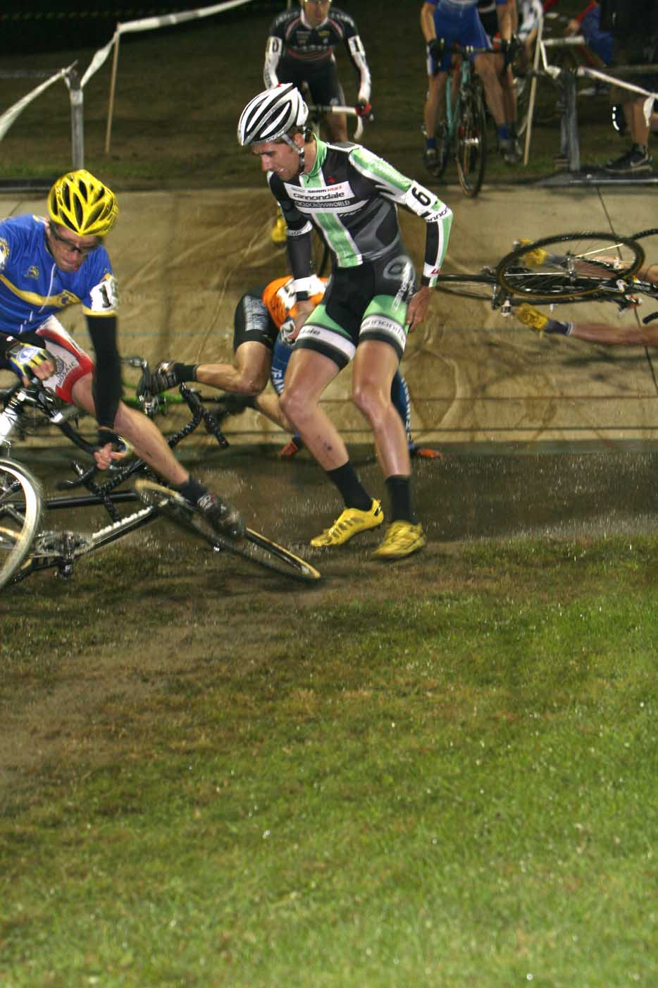 The first lap was carnage for the CXW team.