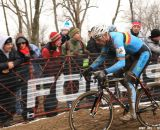 Sven Nys on his way to a win at the Elite World Championships of Cyclocross. © Janet Hill