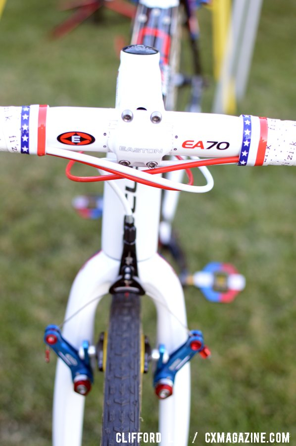Easton EA70 aluminum cockpit and canti brakes in the National Champ colors ©Clifford Lee/ Cyclocross Magazine