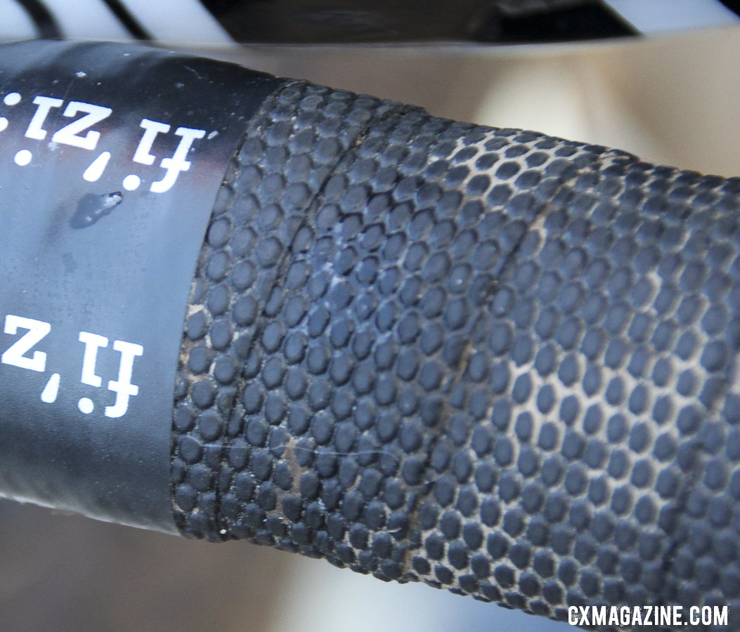 Don\'t be confused by the fizik finishing tape - Page relies on no-name cheap, grippy bar tape supplied by his Belgian mechanic Frankie. © Cyclocross Magazine