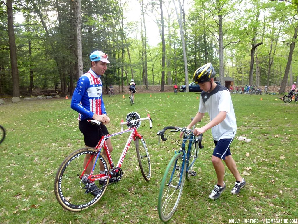 Powers offers remounting advice © Cyclocross Magazine