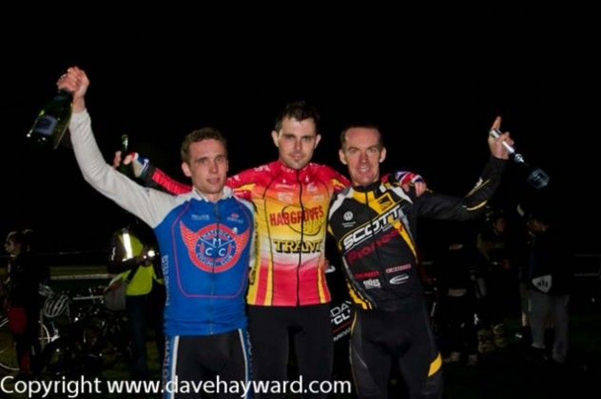 Mens Elite Podium: Chris Metcalfe, Jody, Nick Craig © Dave Hayward