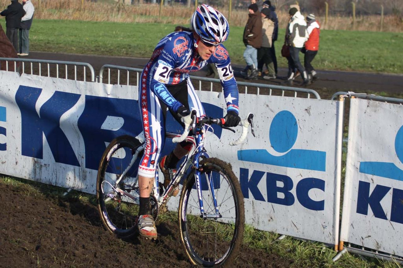 Katie Compton stomped to another World Cup victory in Koksijde. © Bart Hazen