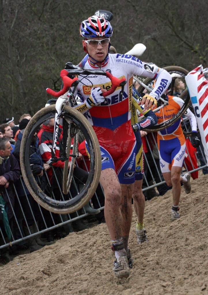 Stybar takes his third win. Koksijde Elite Men World Cup 11/28/2009 ?Bart Hazen