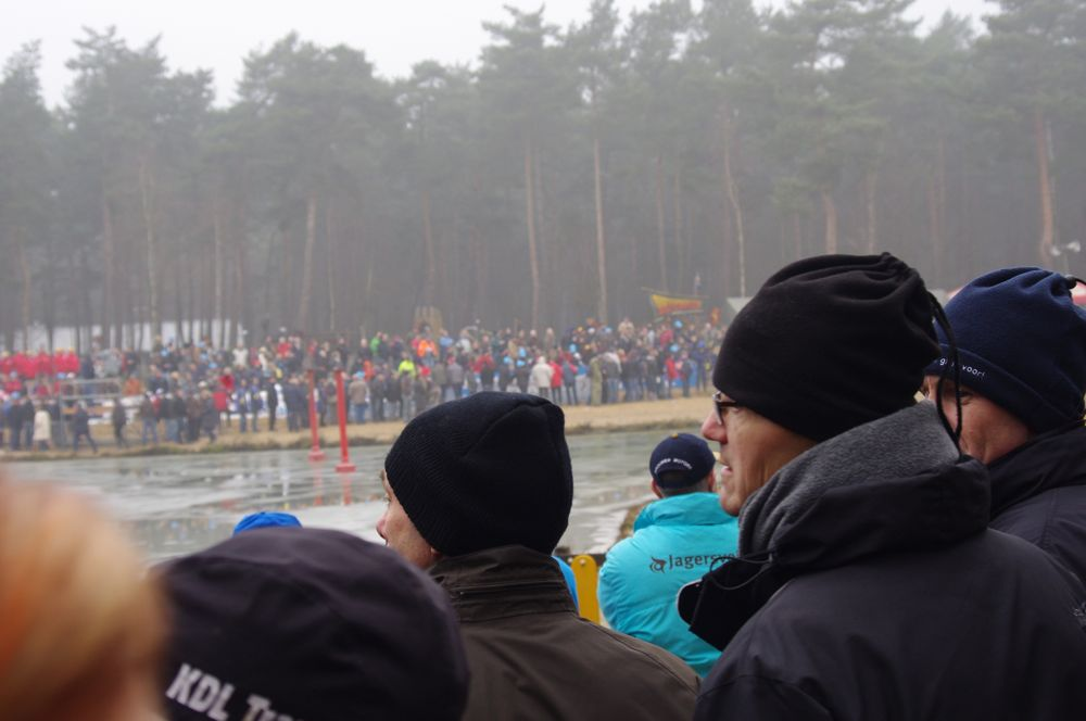 Even moderate temps and heavy fog weren\'t enough to keep the spectators away.  Photo courtesy of Christine Vardaros.