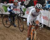 Vos leads through the sandy corners © Dan Seaton