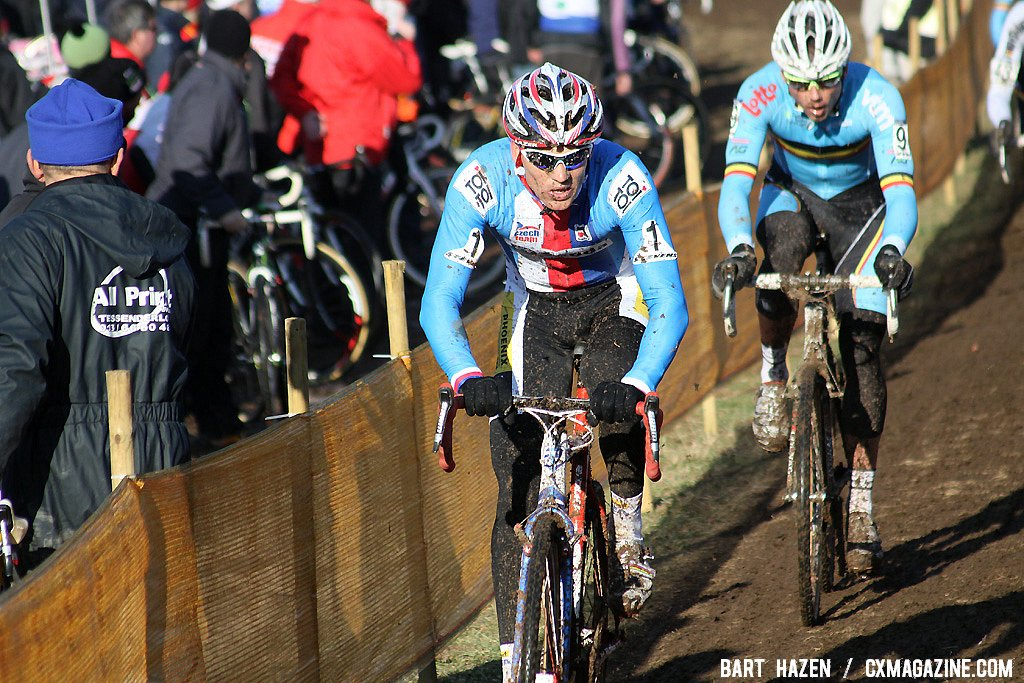 Stybar leading Nys as the two separate from the field.