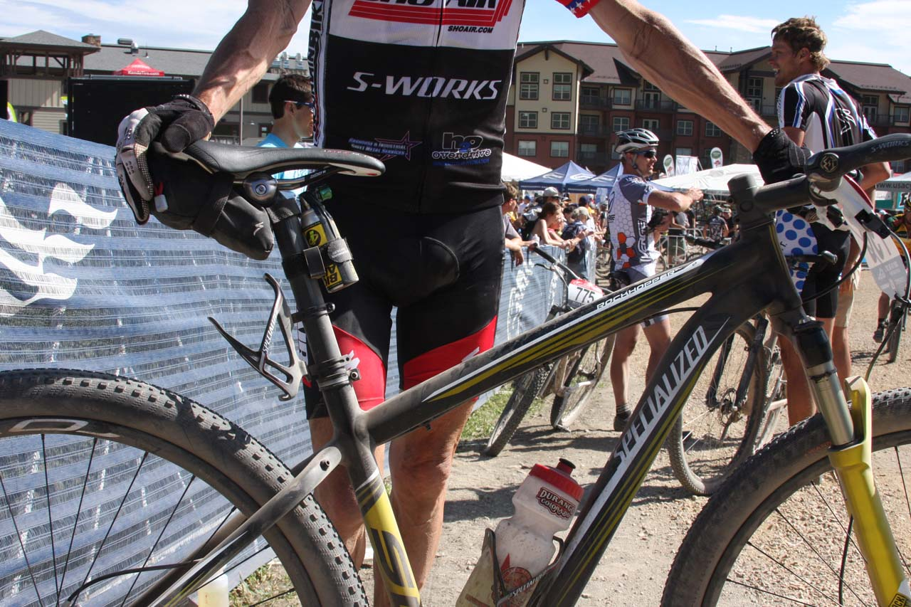 Overend and his title-winning bike © Amy Dykema