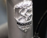 No sticker here - the Moots PsychloX RSL has an intricate head badge, made in the USA of course. ©Kevin White