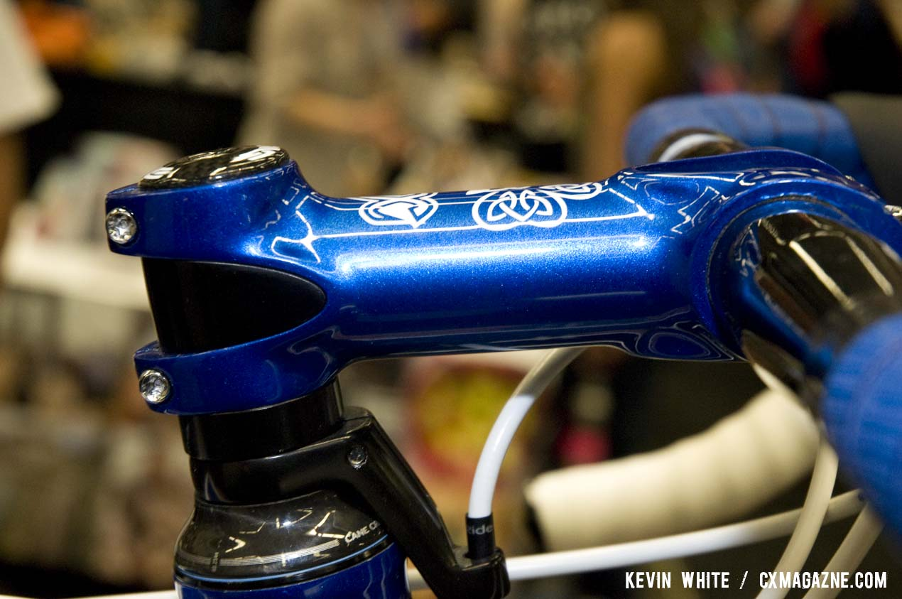 The Crank Brothers stem received a custom paint job as well. © Kevin White