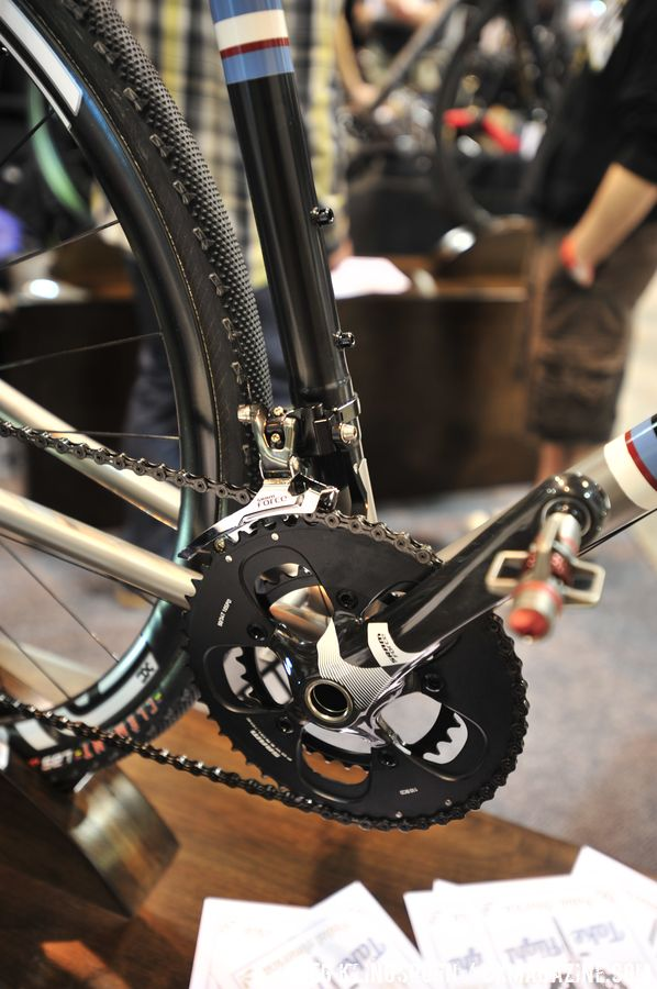 Small touches, like the extra sleeve around the derailleur mount, show of William\'s attention to detail  © Greg Klingsporn