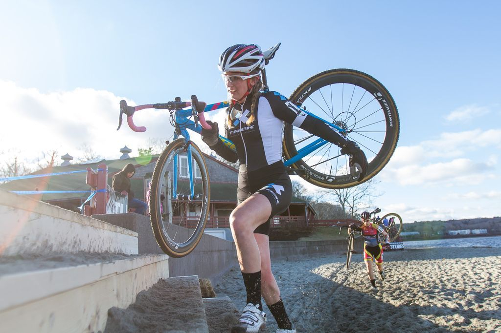 Ellen Noble (Trek Cyclocross Collective) exiting the beach. © Todd Prekaski