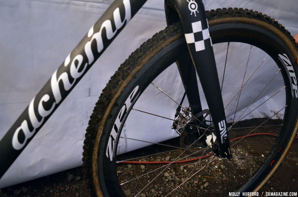The ENVE front fork matches the frame\'s paint perfectly. © Cyclocross Magazine